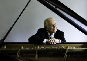 Pianist Robert Silverman performs free public concert at UBC